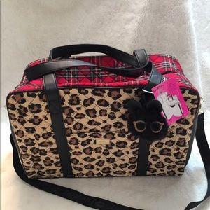 NWT Betsey Johnson Weekender Bag